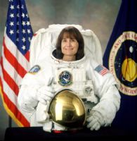 "NASA Astronaut Linda Godwin 8""x10"" Full Colour Portrait"